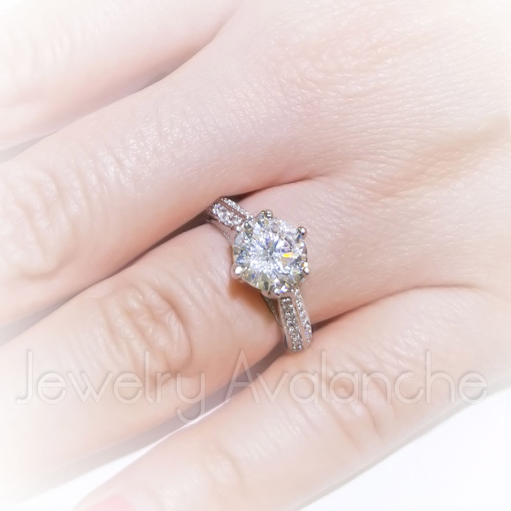 Ladies Engagement Ring, Prong Set Round Cut CZ Solitaire Ring ...